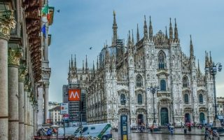 Miláno , duomo caterala , duomo námestie